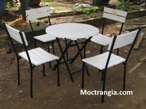 Bàn ghế chân sắt mặt gỗ 002GT